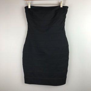Ali RO size 4 Black Strapless Body Con Dress